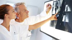 Estudiante, estudios de ortopedia