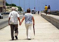 ancianos adultos mayores Cuba